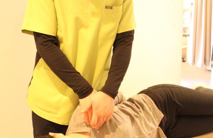 ④鎖骨の下の筋肉