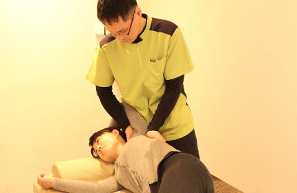⑤肩甲骨の動きを良くする