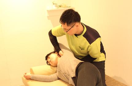 ⑥背骨の動きを良くする